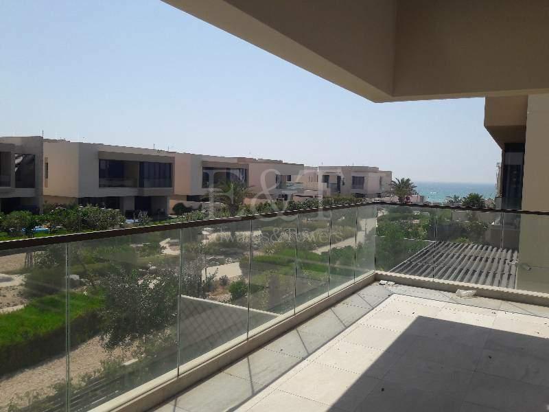 Sea view | Landscaped garden| Stunning 5 bedrooms