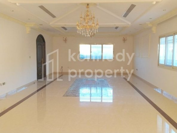 **2 Majlis I Beautiful VIP Villa I With Balconies*