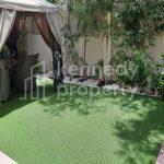 Upgraded | Landscape Green Garden| Veranda