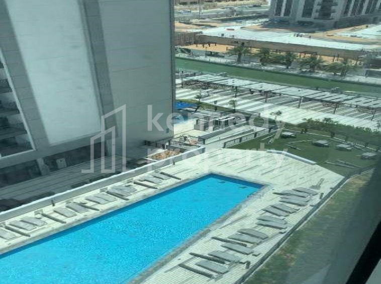 Resale|Canal and sea view| Middle floor