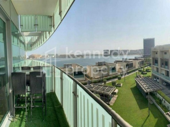 Garden & Sea View| Upgraded  I Big Balcony