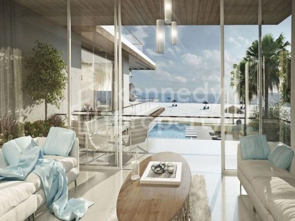 Cozy I Spacious Living Area I  Balcony