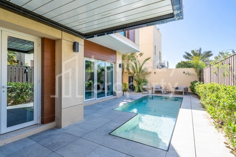 Unique Private Pool I Upgraded Villa I Unfurnished