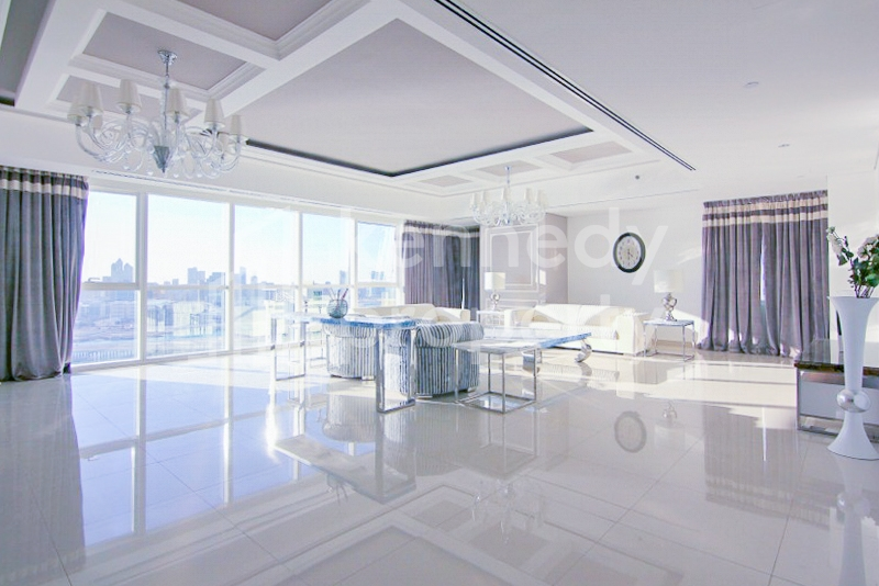 Sea View I Huge Layout I Upgraded Interior