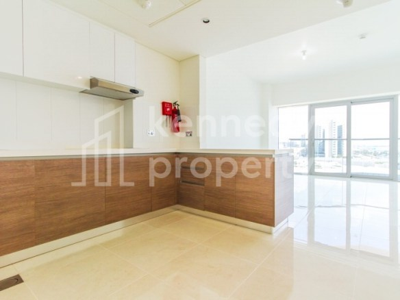Canal View | Modern Apartment | Superb Facilities