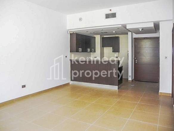 Well Maintained   Spacious Layout   Vacant