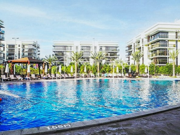 Vacant Now | Well Maintained | Spacious Layout