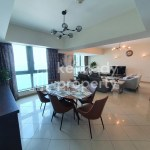 Well Maintained | Sea View | Fitted Kitchen