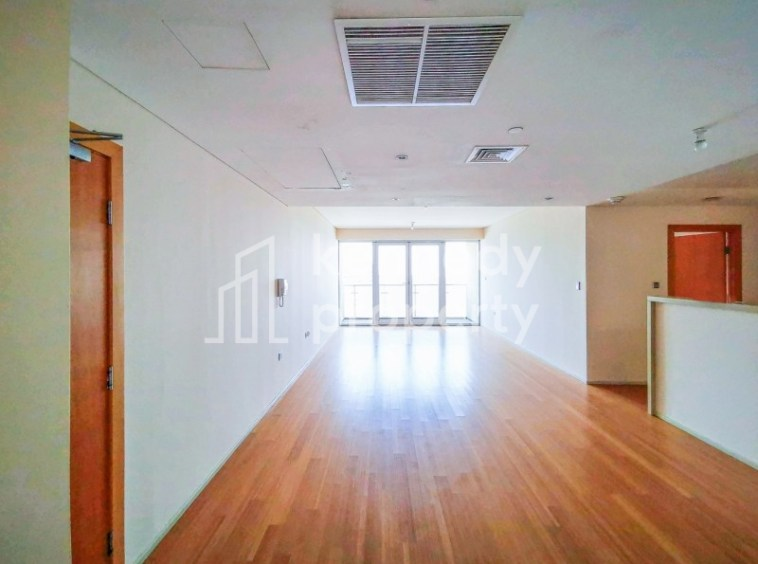 High Floor   Canal and Sea View   Well Priced