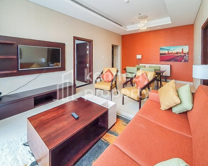 Modern   Fully Furnished   Utilities Included
