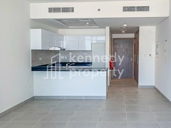 Spacious Balcony | Well Maintained | Garden View