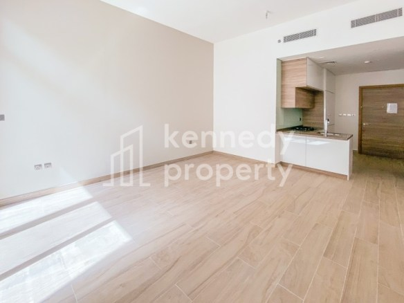 Popular Layout | Fitted Kitchen | Vacant